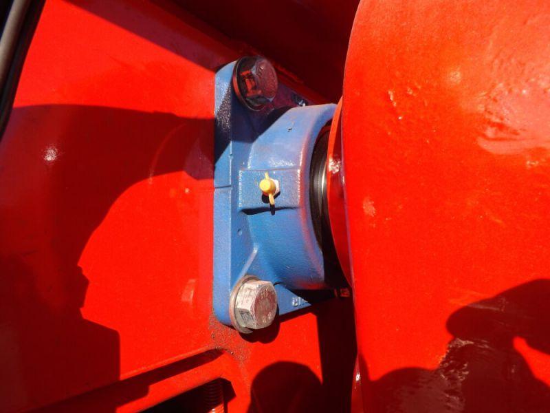 Arbe d'entrainement arrière Ø 60 mm monté sur paliers