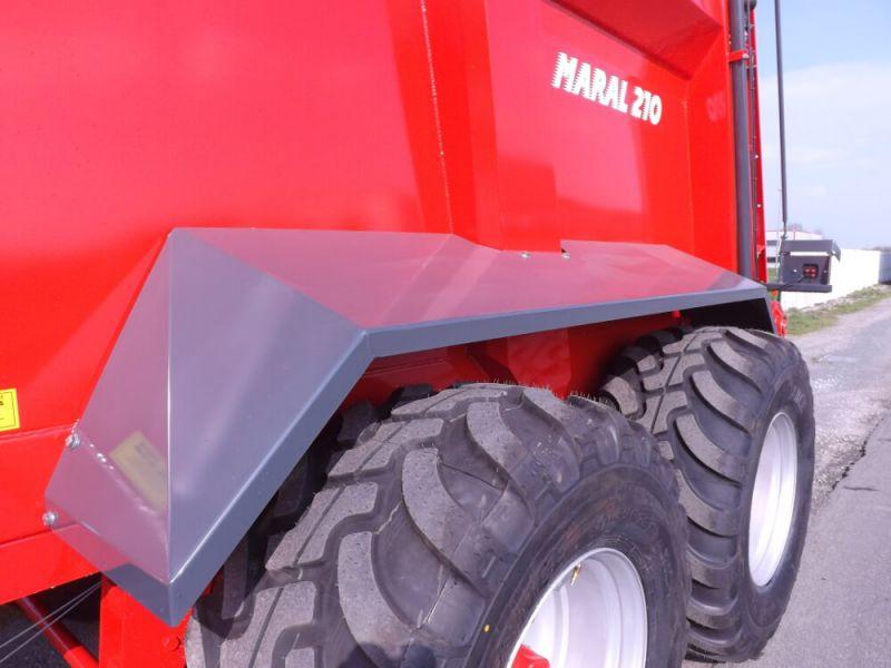 Garde boue sur double essieux