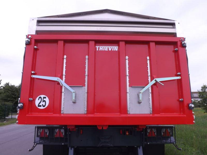 Porte arrière agricole monobloc avec deux trappes Inox et glissières Inox