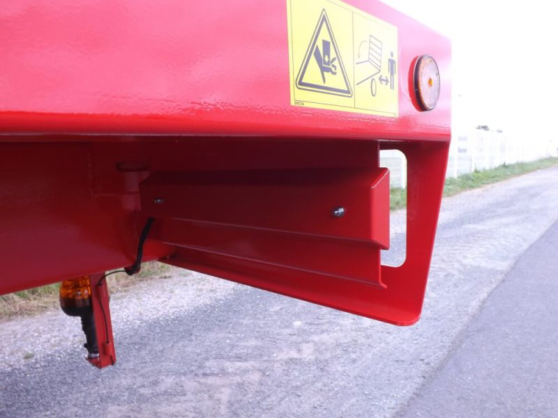 Protection arrière de feux à LEDS sur MISTRAL