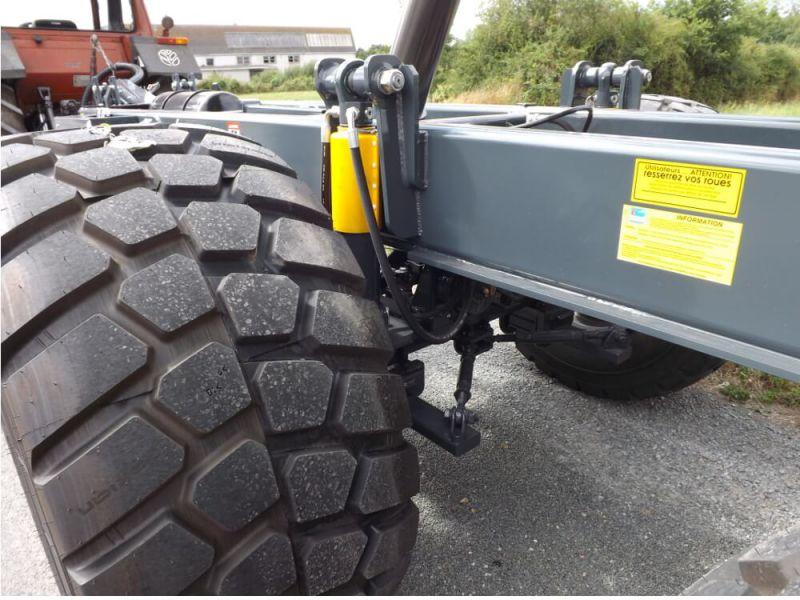 Suspension hydraulique des essieux